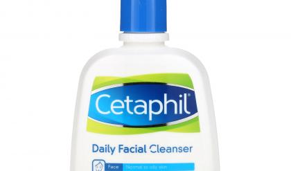 da mụn có nên dùng cetaphil
