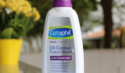 da dầu mụn có nên dùng cetaphil