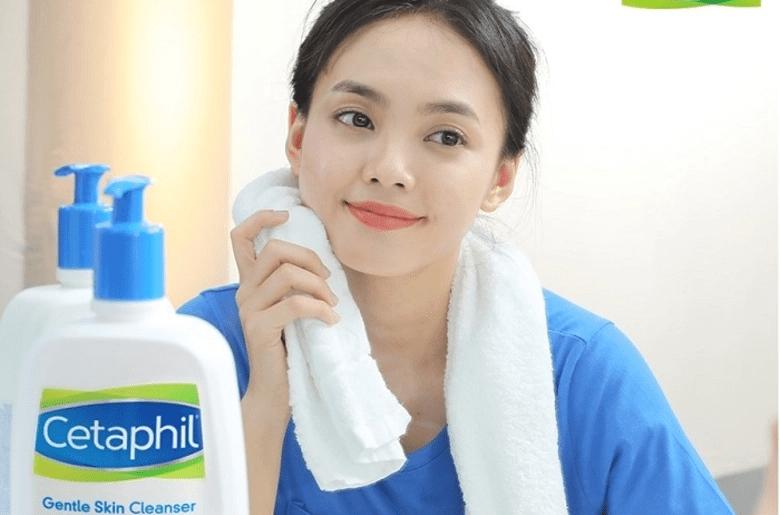 Sửa rữa mặt cetaphil